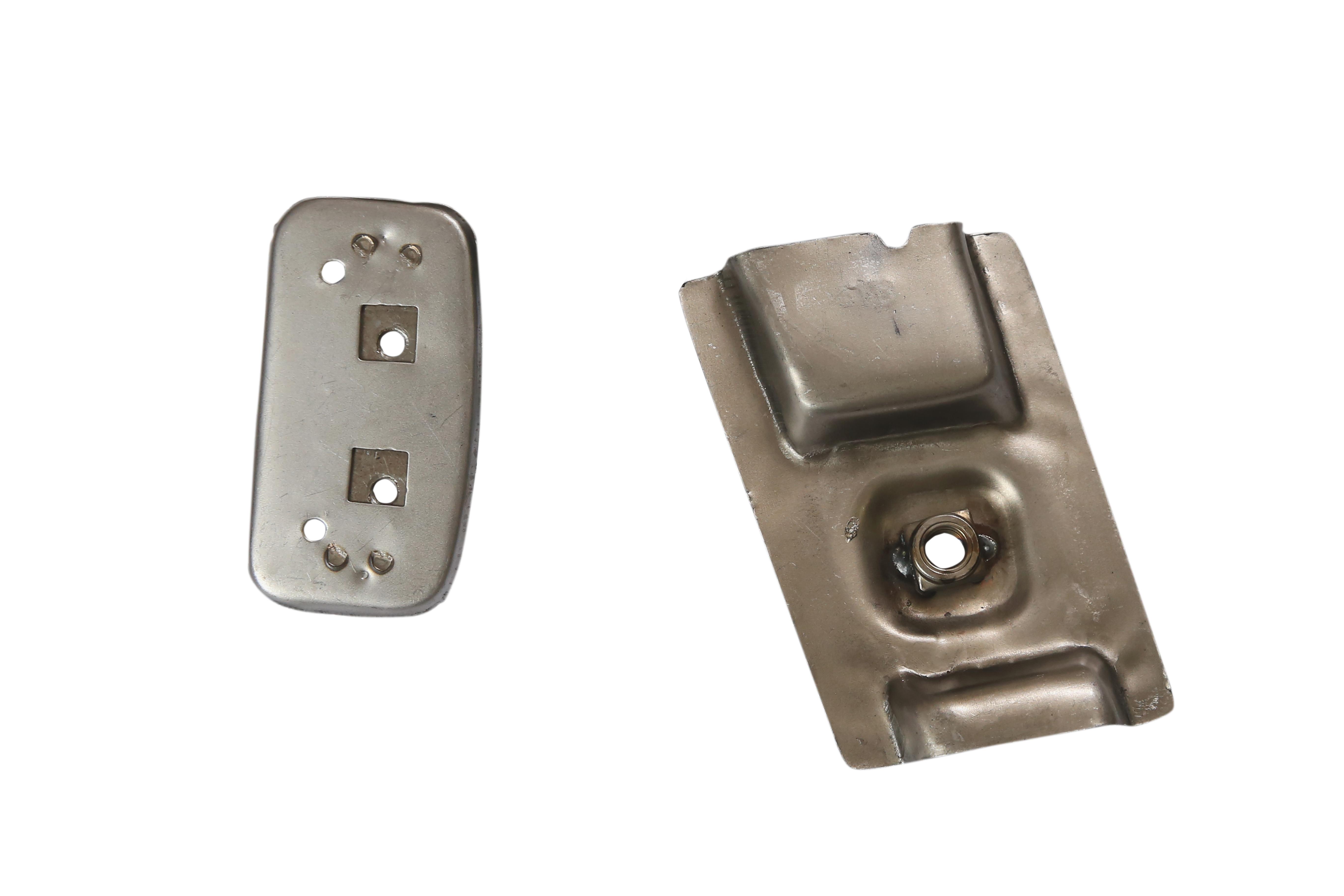 RR door stricker and seat belt